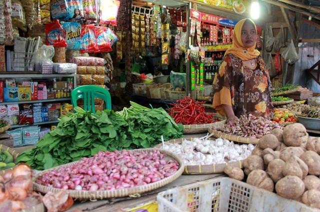 Pedagang Pasar Baru Indramayu Anggap Wajar Harga Cabai Rp70 Ribu/Kg (191146)