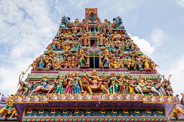 com-Candi Sri Veeramakaliamman.