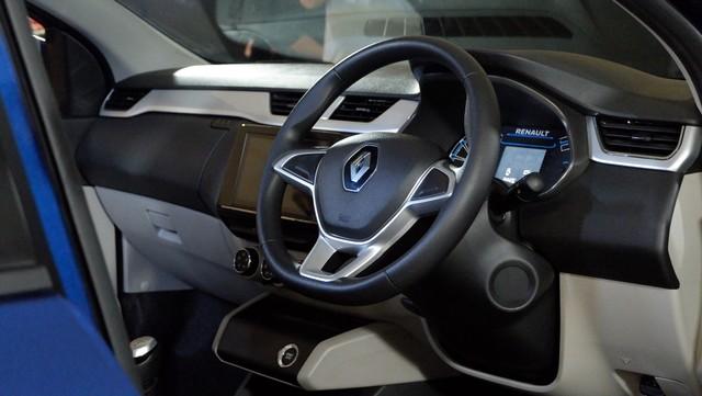 Foto: Renault Triber, MPV Murah Berdarah Prancis Rakitan India (260572)