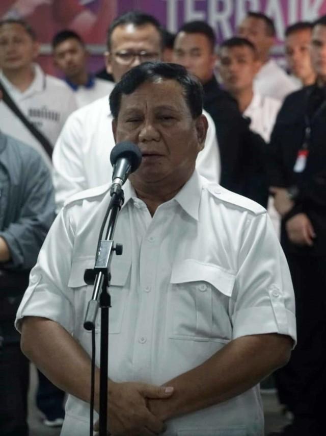 Foto: 80 Menit Pertemuan Jokowi-Prabowo (85658)