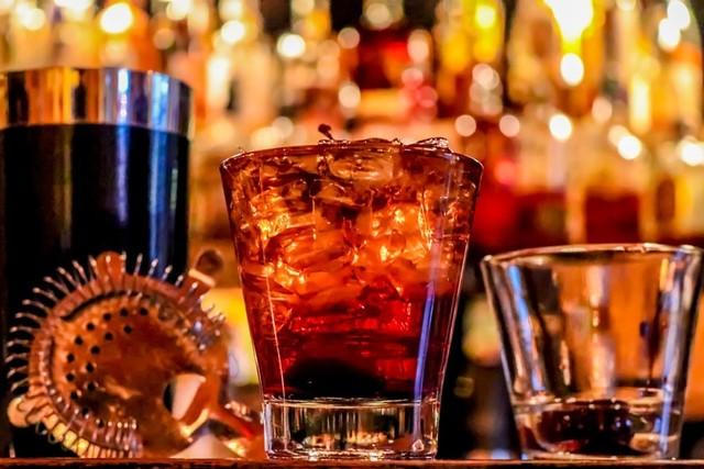alcohol-3194824_960_720.jpg