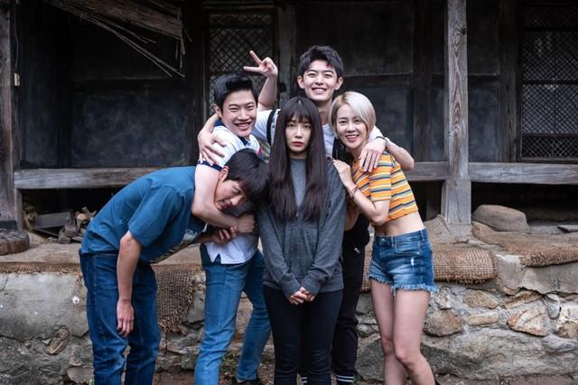 Review: '0.0 MHz', Film Horor Korea yang Serba Nanggung (67954)