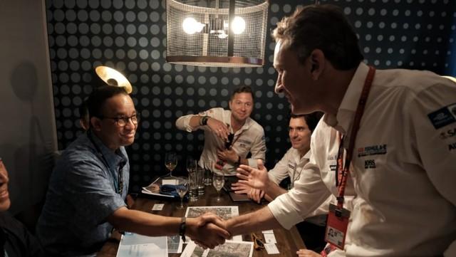 Pertemuan Gubernur DKI Jakarta Anies Baswedan,  penyelenggara Formula E