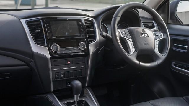 Mitsubishi Triton: Spesifikasi, Fitur, Harga, dan Skema Kredit (82169)