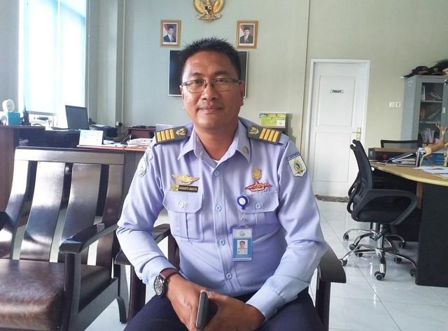 Koordinator Pelabuhan Perikanan Nusantara Merauke Kementerian Kelautan dan Perikanan, Susanto Masita-Foto Abdel.jpg