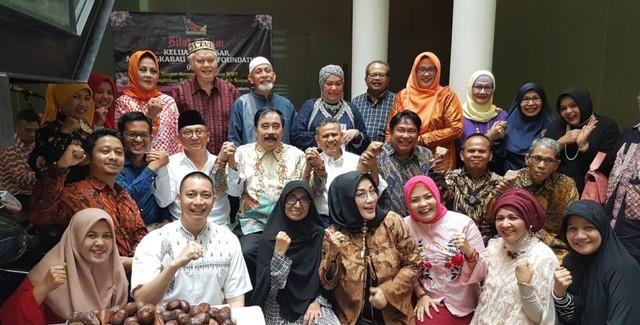 com-Acara Keluarga Besar Minangkabau World Foundation (MWF)