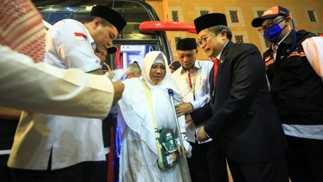 Jemaah Haji Indonesia Disambut Selawat di Makkah (571335)