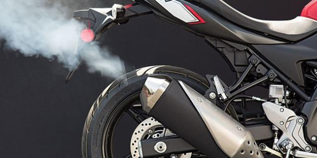 Cara Mendeteksi Kerusakan Motor Lewat Asap Knalpot  (15537)