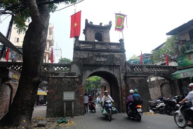 Old Quarter Hanoi.JPG