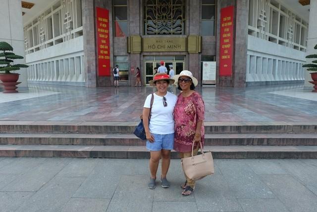Ho Chi Min Museum Hanoi Vietnam.JPG