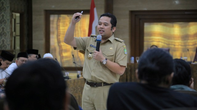 Wali Kota Tangerang, Arief Rachadiono Wismansyah
