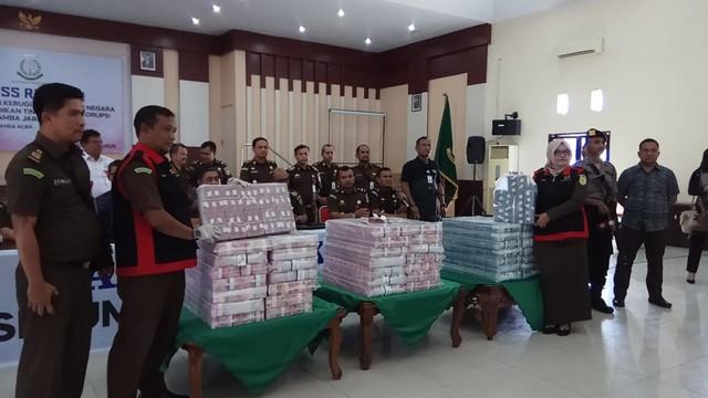 Dugaan Korupsi Proyek Keramba di Sabang, Kejati Aceh Sita Uang Rp36,2 Miliar (1).jpeg