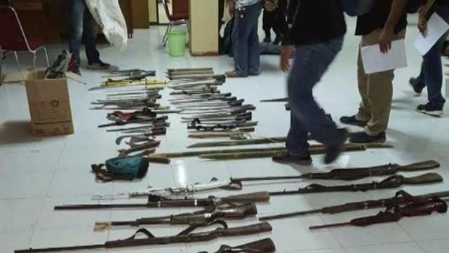 Senjata SMB yang diamankan polisi.jpeg