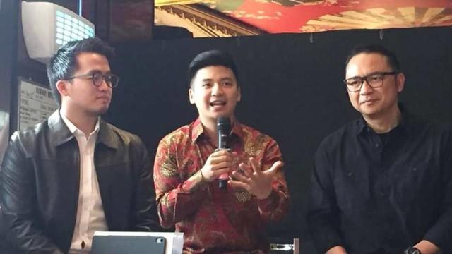 Konferensi pers Rius Vernandes dan Garuda Indonesia