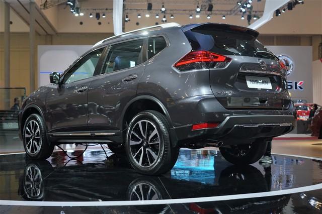 Yang Baru di Nissan X-Trail Facelift  (250)