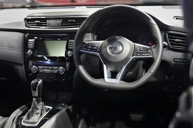 Yang Baru di Nissan X-Trail Facelift  (252)