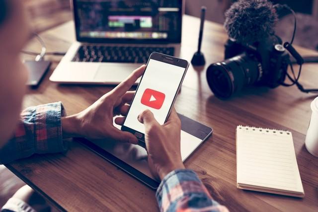 com-Youtube.