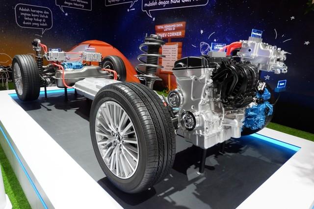 Rancang bangun Mitsubishi Outlander PHEV