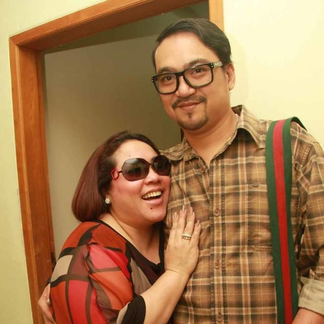 Komedian Nunung dan suaminya Iyan