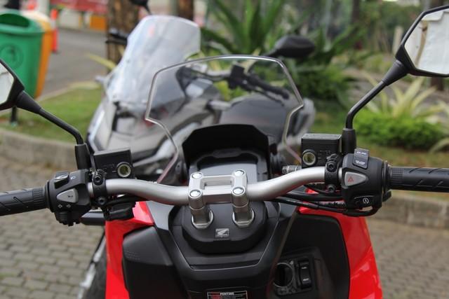 Pengalaman Kami Menjajal Honda ADV 150, Seberapa Layak untuk Dibeli? (50077)