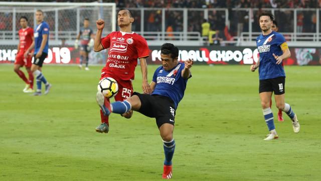 Foto: Kemenangan Persija Melawan PSM di Leg I Final Piala Indonesia (36310)