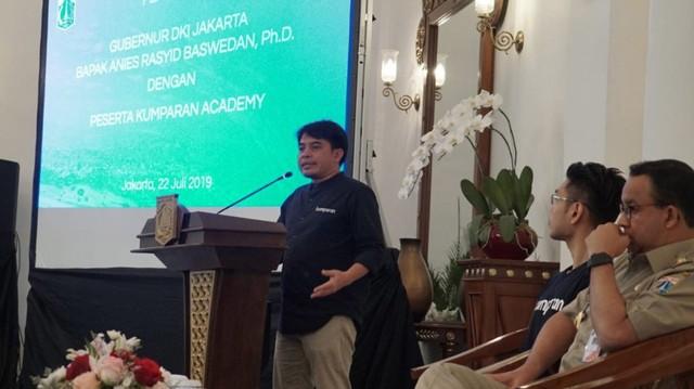 Peserta kumparan Academy Bertemu Anies Baswedan di Balai Kota (6053)