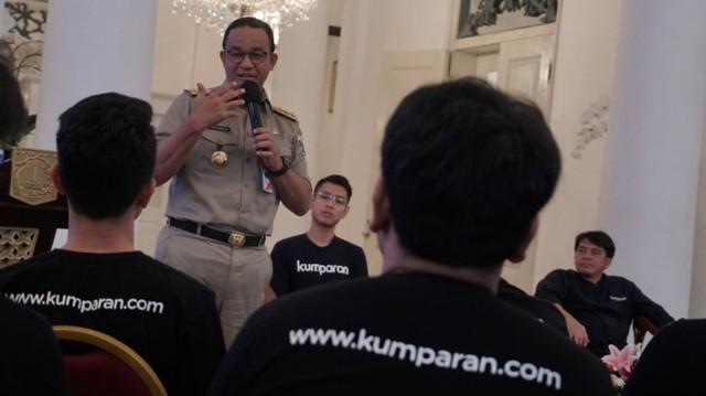 Peserta kumparan Academy Bertemu Anies Baswedan di Balai Kota (6055)