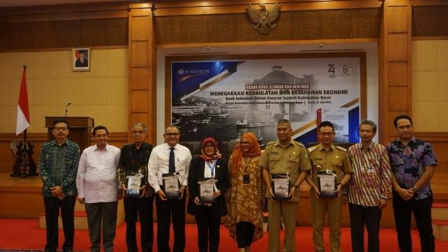 Jejak Sejarah Ekonomi Kalbar dalam Peluncuran Buku Bank Indonesia (728609)