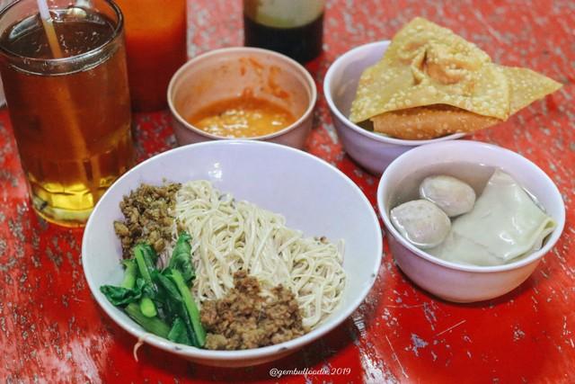 5 Tempat Makan Halal di Yogyakarta yang Kerap Dikira Tak Halal (28670)