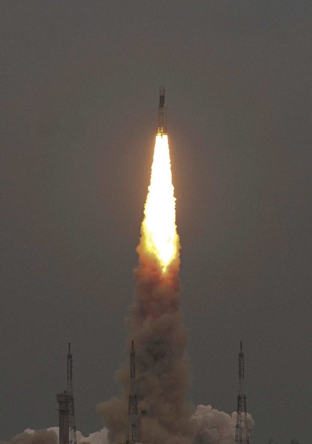 Geosynchronous Satellite launch Vehicle (GSLV), Indian Space Research Organization (ISRO), Chandrayaan-2 (NOT COVER)