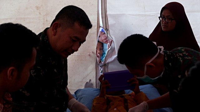 Foto: Bhayangkari dan Pertamina Gelar Khitanan Massal di Balikpapan (370284)