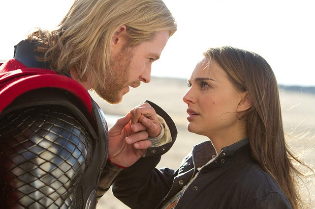 Syuting Selesai, Chris Hemsworth Ungkap Nuansa Film Thor: Love and Thunder (768174)