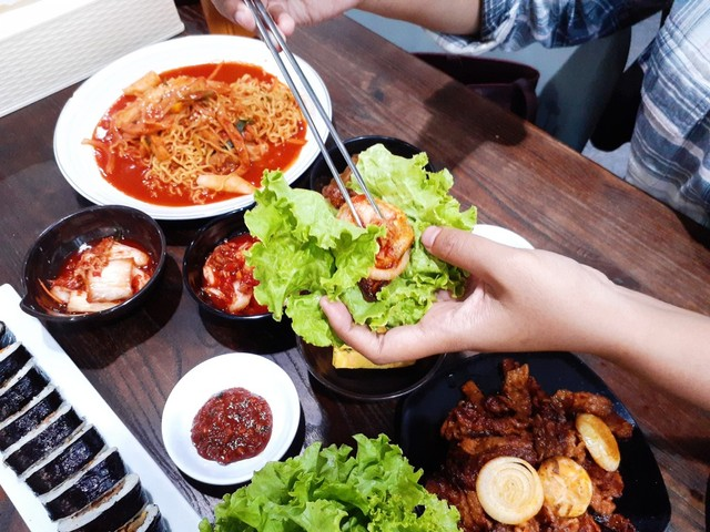 Warung Korea Pop