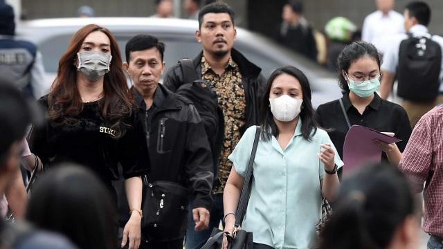 Masyarakat Diimbau Pakai Masker untuk Cegah Dampak Polusi di Jakarta (259691)