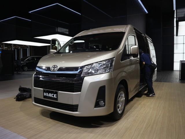 Toyota HiAce 'Premio' Meluncur, Lebih Mahal Rp 40 Jutaan (26317)