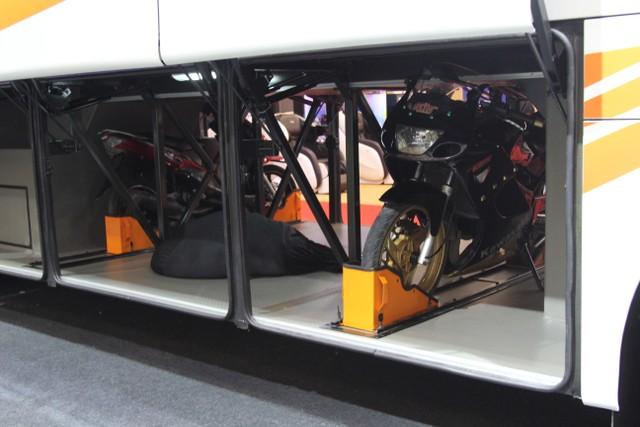 Ini Rahasianya Bagasi Bus Kekinian Bisa Muat Motor hingga Mobil (79665)