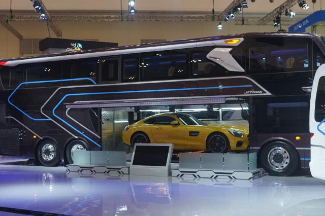 Bisa Angkut Mobil Sport, Bus Mewah Adiputro Dibanderol Rp 3,5 Miliar (15512)