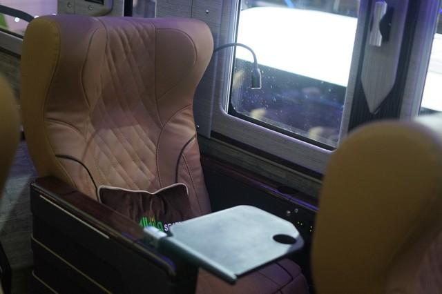 Bisa Angkut Mobil Sport, Bus Mewah Adiputro Dibanderol Rp 3,5 Miliar (15513)