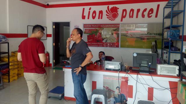 Gandeng GESITS, Lion Parcel Jadi Jasa Ekspedisi Pertama Pakai Motor Listrik (724964)