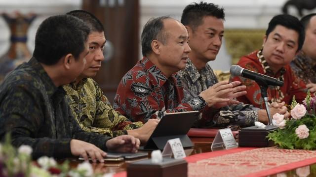 Luhut Panjaitan, Anthony Tan, Masayoshi Son, Ridzki Kramadibrata