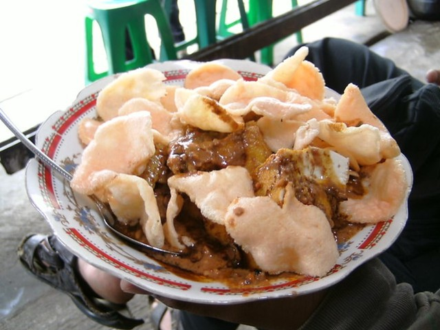 5 Menu Sarapan Khas dari Berbagai Daerah di Indonesia (131004)
