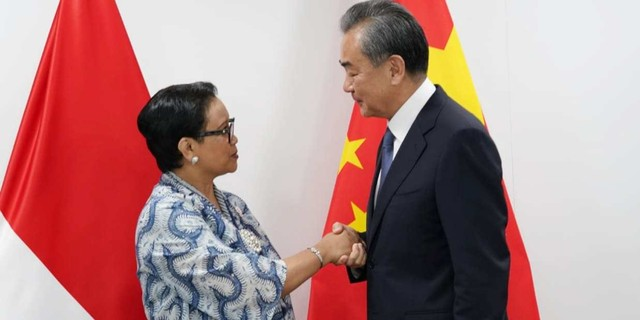 Menlu Retno ke Menlu China: Indonesia Akan Bangun Industri Obat yang Mandiri (125113)