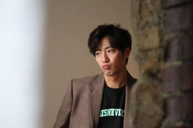 Lee Sang Yeob Ditawari Bermain Drama Baru SBS, 'Good Casting' (4557)