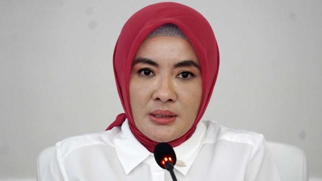 Konferensi pers tentang penanganan tumpahan minyak, Susi Pudjiastuti, Nicke Widyawati