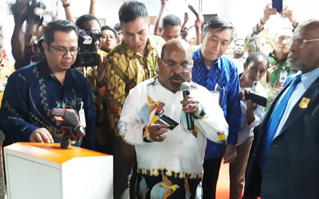 Gubernur Papua: Jalan Lingkar Ringroad Kota Jayapura Solusi Kemacetan (7444)