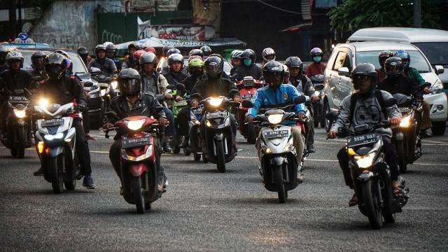 Usulan Pembatasan Sepeda Motor di Jalan Nasional (211882)