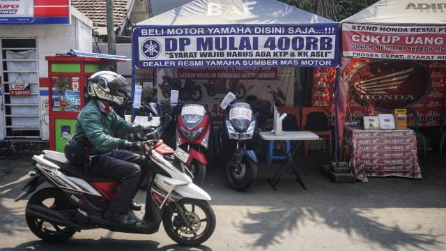Jakarta Motorpolitan, Esai Foto
