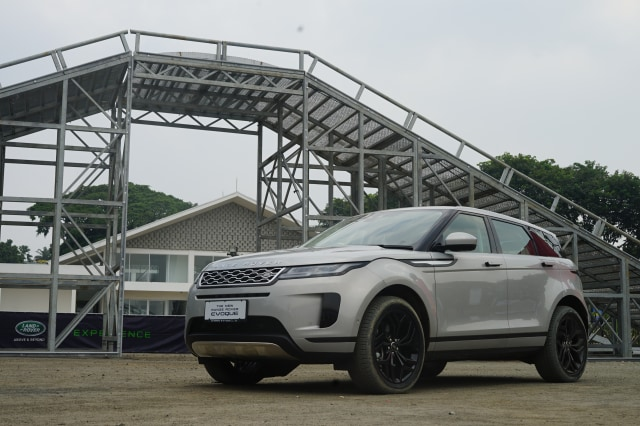 Range Rover Evoke >> Dibanderol Rp 1 7 Miliar Range Rover Evoque Terbaru Resmi