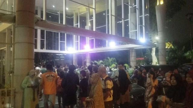 Suasana kepanikan di Kalibata City akibat gempa