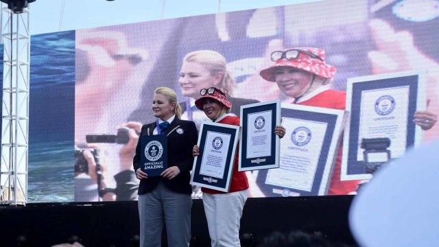 2 Rekor Dunia Pecah: 3.131 Penyelam dan Bentangkan 1.014 M Merah Putih (373495)